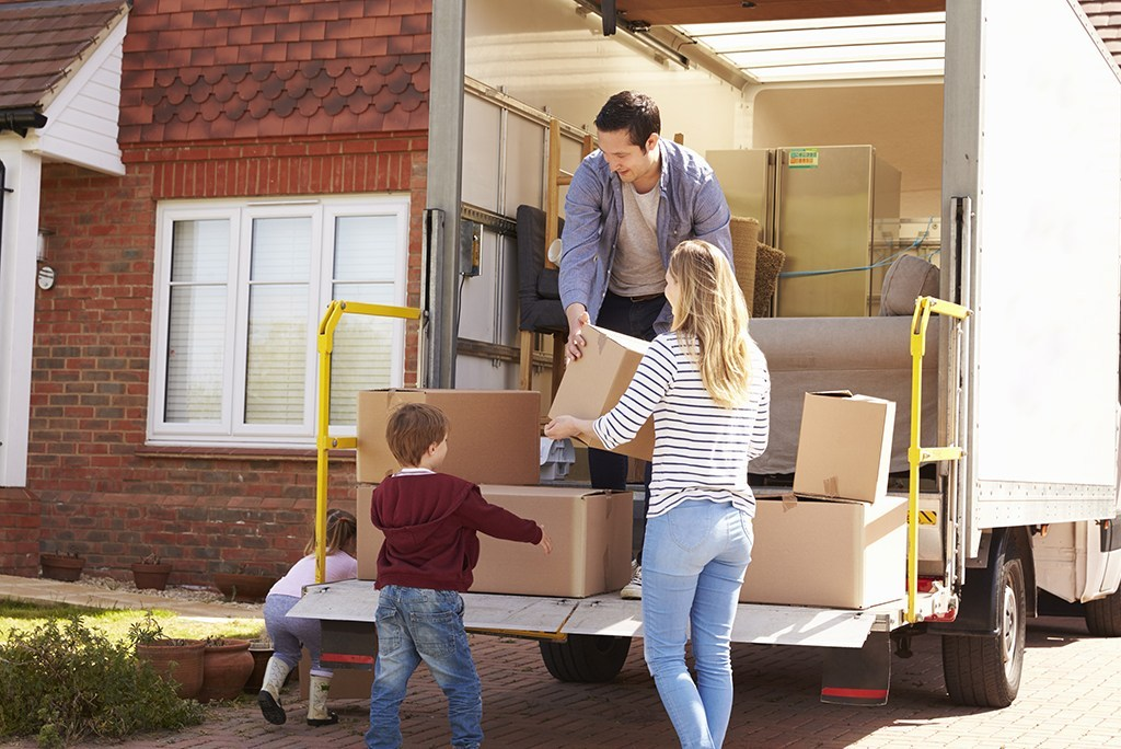 Top Reasons to Hire a Removal Company for an Office Move